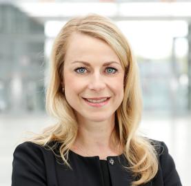 Mrs Birgit Horn